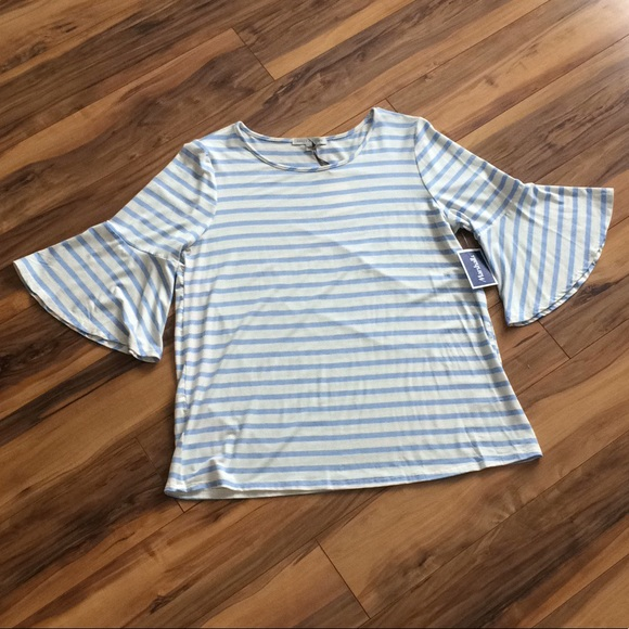 Green Envelope Tops - ✨NWT✨Green Envelope Blue&White Stripe Bell Sleeve✨